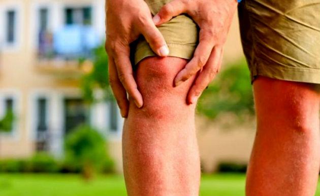 térd- és ízületi fájdalom okoz