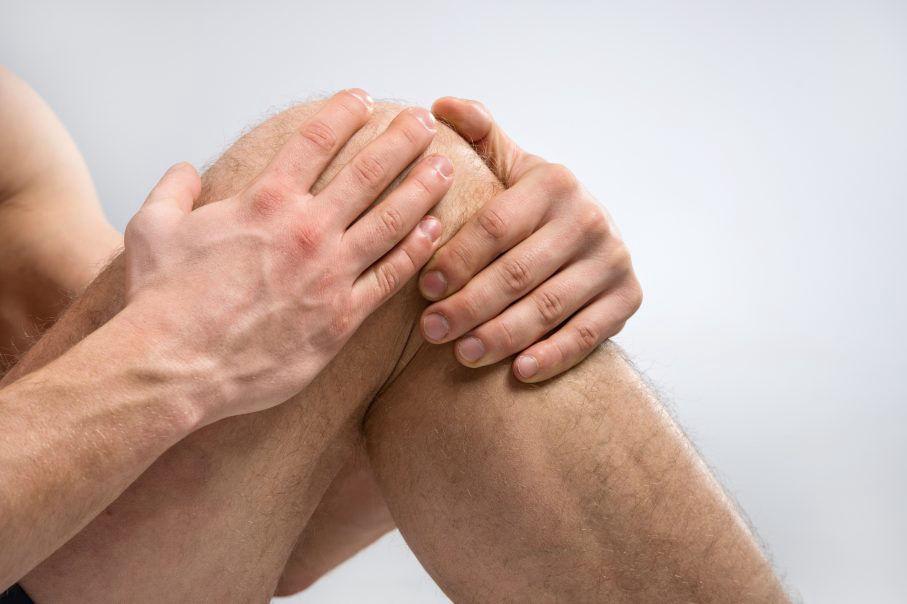 az ujjak ízületeinek mozgástalansága)