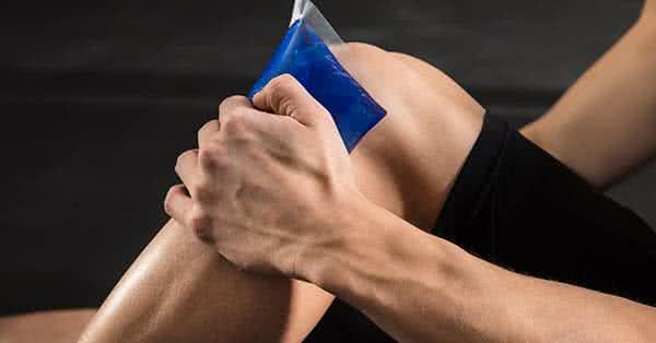 a kezek ízületei súlyzó után fájnak