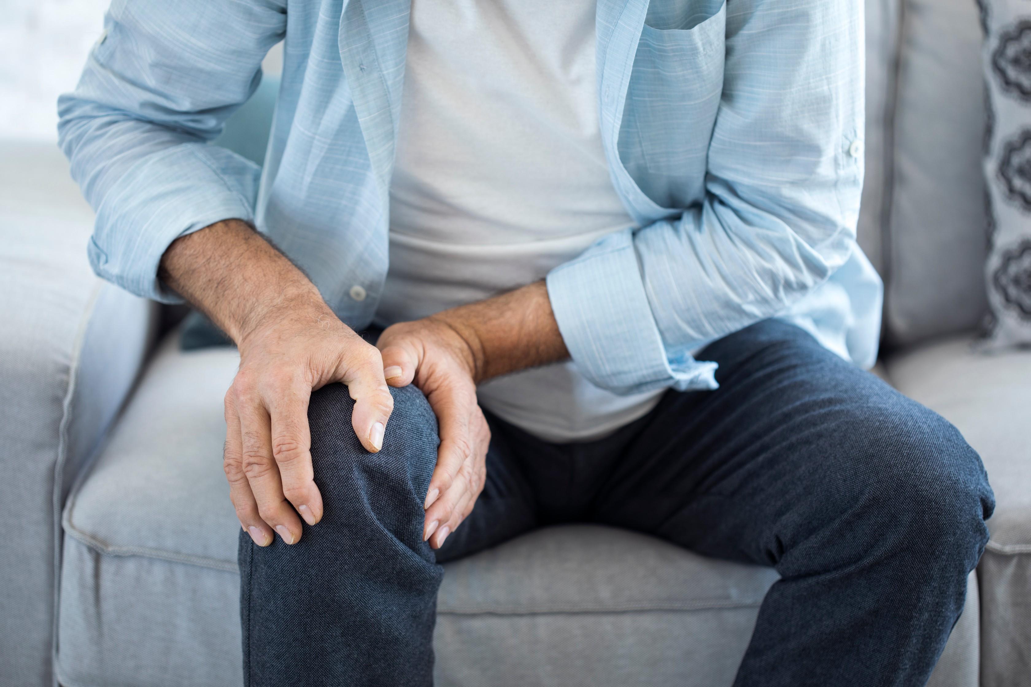 fájdalom a borjúizmokban és ízületekben