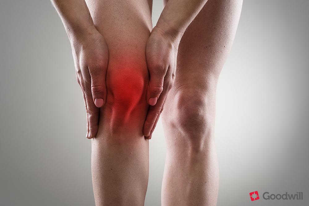 térd fáj a lábak)