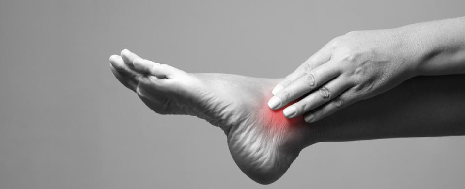 hogyan lehet kezelni a lábfej lábszárcsontját)