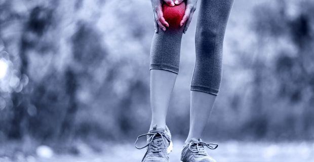 éles fájdalom a bal csípőízületben