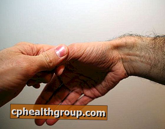 fájdalom a kéz ízületeiben mi ez epeízületi gyulladás kezelése