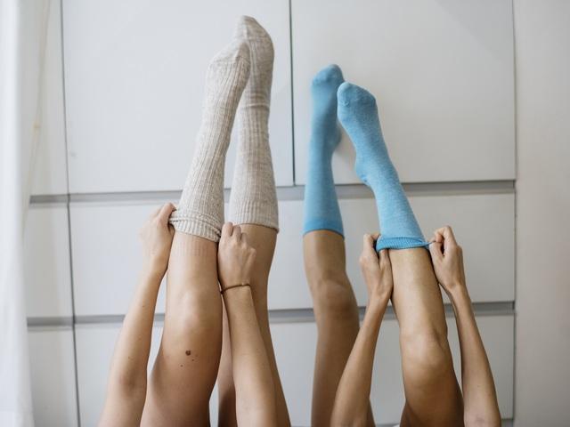 a lábak duzzadt ízületeinek kezelése)