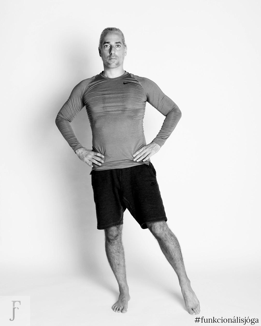 Egyperces csípőízületi gyakorlat merev csípő ellen (és megelőzöd a kopást is)