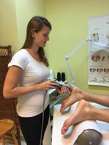 hogyan kell kezelni a lábfájást)