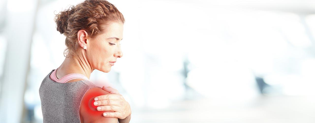 fájdalom a vállak ízületeiben mozgatás közben