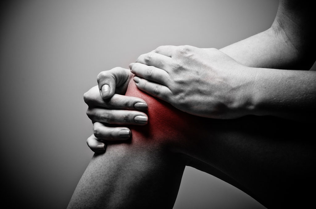 térdízületi fájdalom leszállás közben