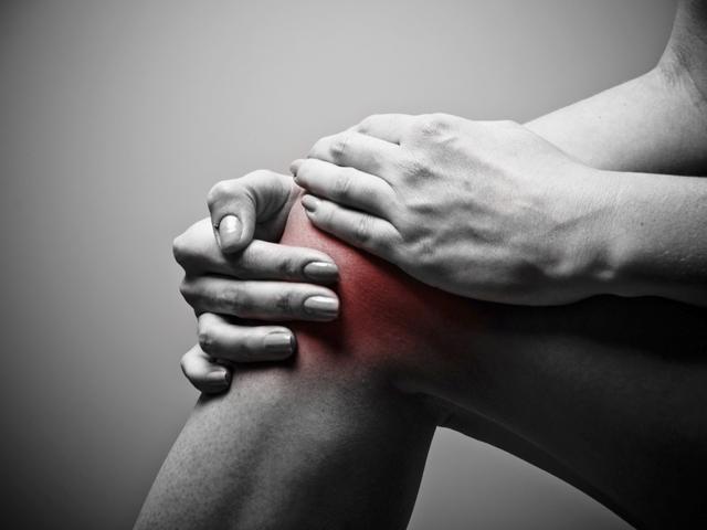 a fű ízületei fájnak ízületi és szalaggyógyászat