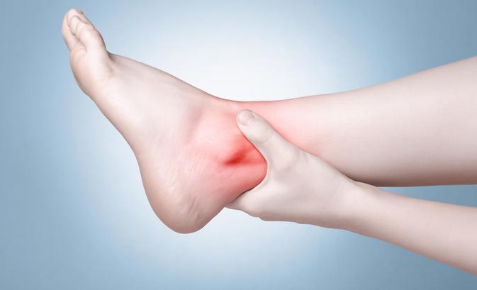 a lábra való lépés térdízületet fáj