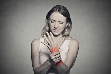 meddig fáj az ízületi gyulladás)