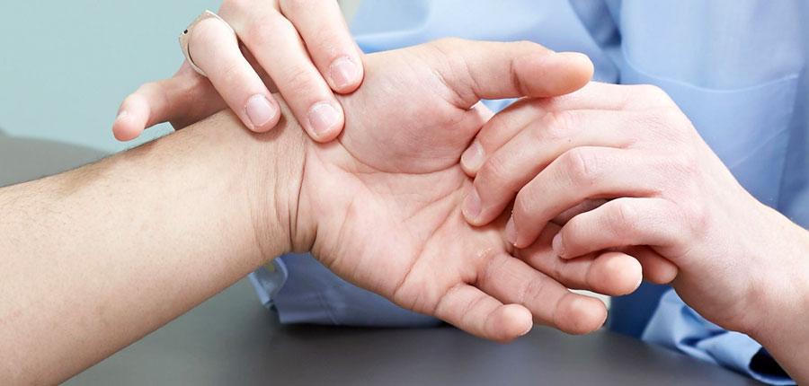 Mindkét kéz könyökízülete fáj
