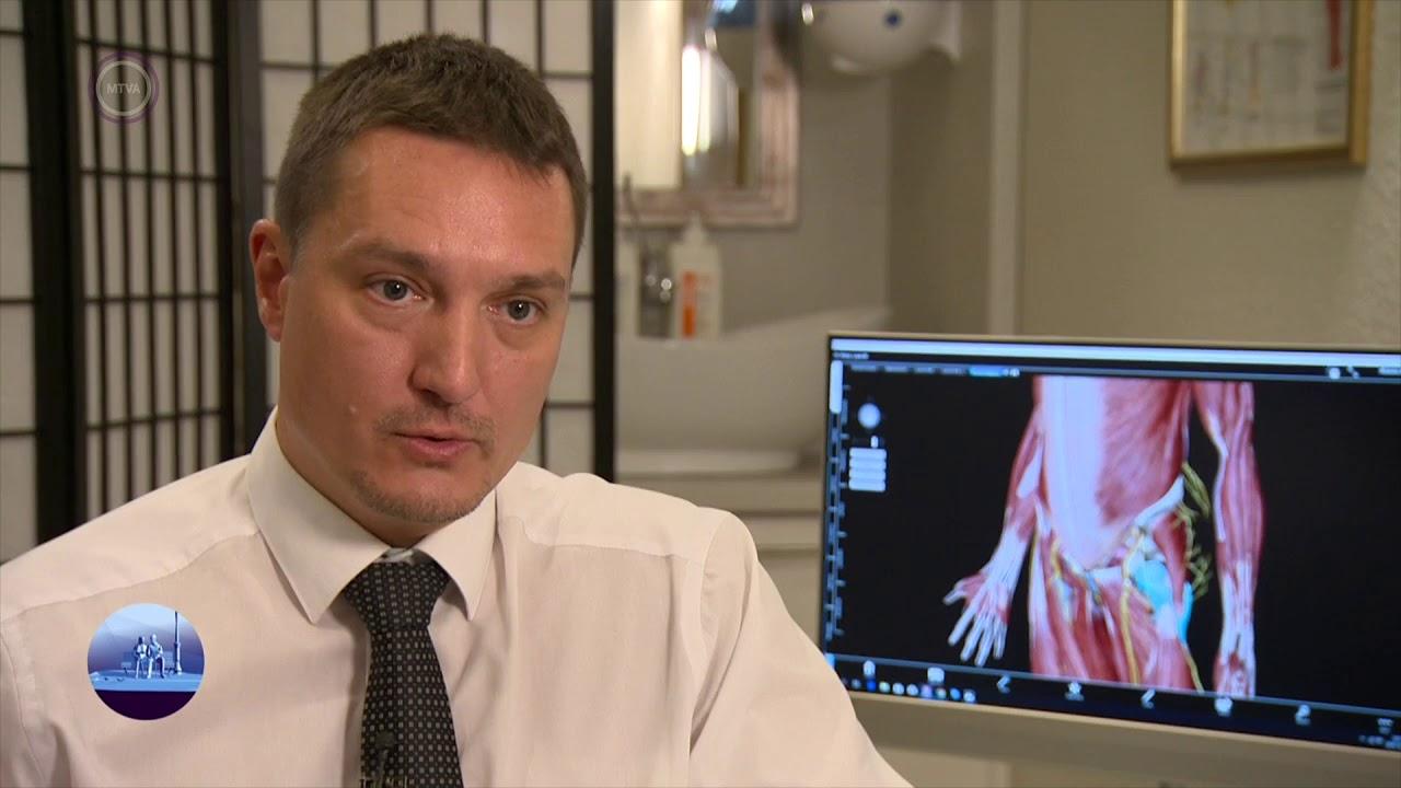 az ortopéd orvos az artrózist kezeli ízületi fájdalom clipart