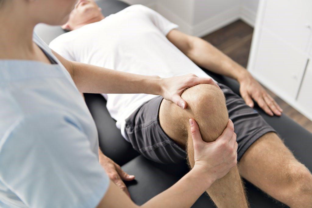 csípőfájdalom kívülről