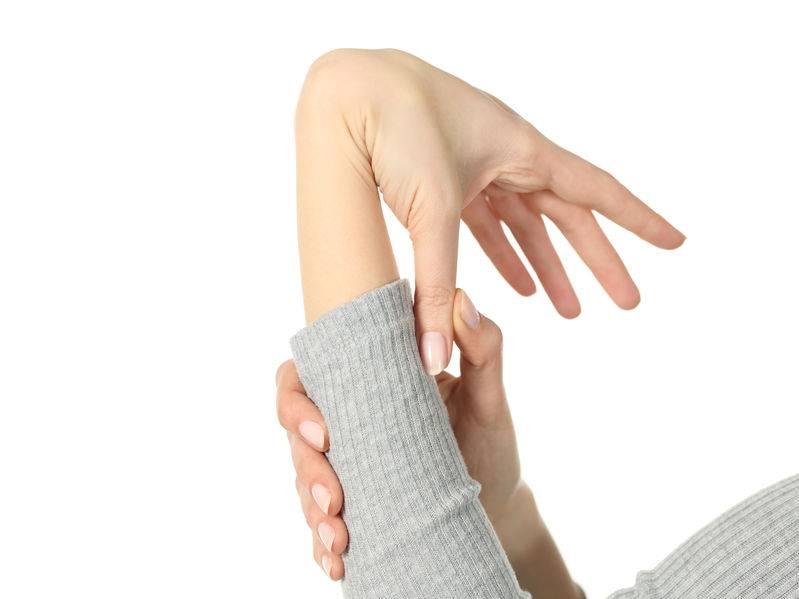 Mi a teendő, ha az ujjak ízületei fájnak: okok és kezelés - Arthritis July