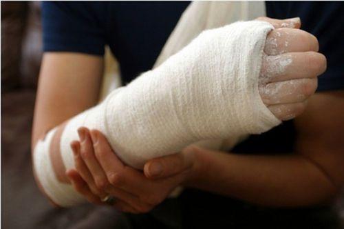 a kar meghajlítása a könyökízületi fájdalomnál)
