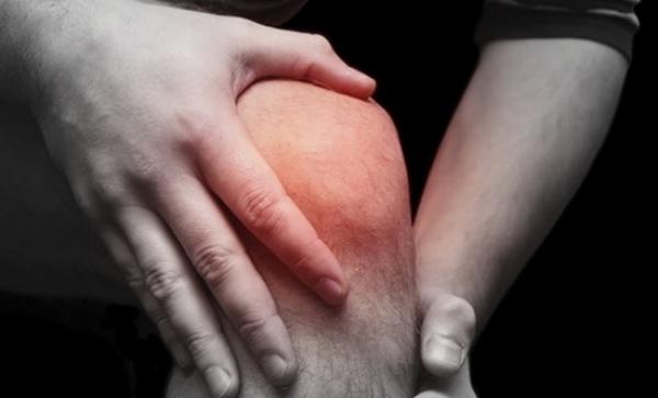 az ízületi fájdalom fertőző erythema)