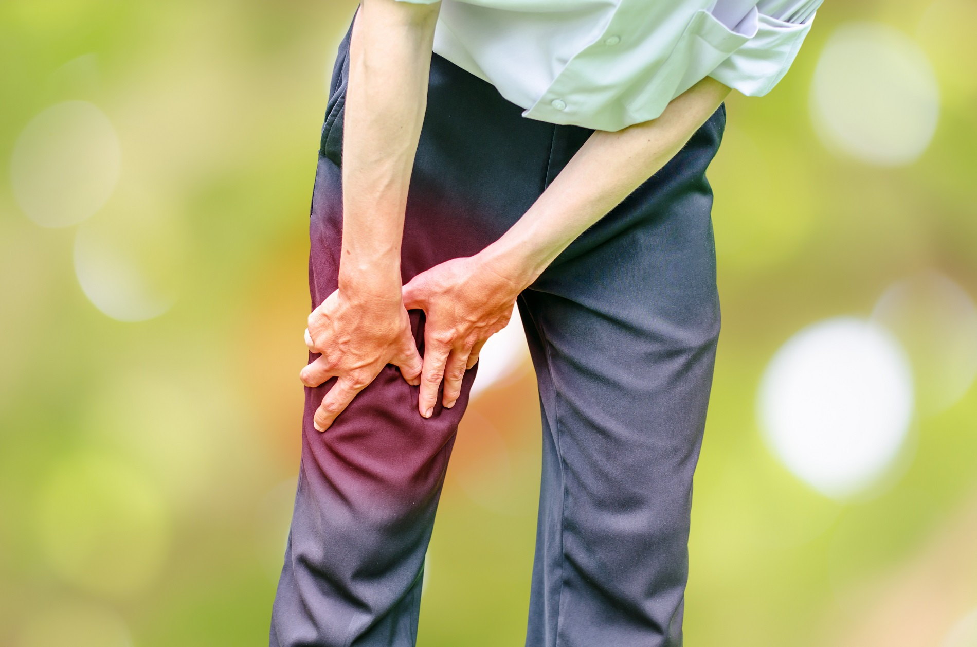 súlyos térdfájdalom kezelése
