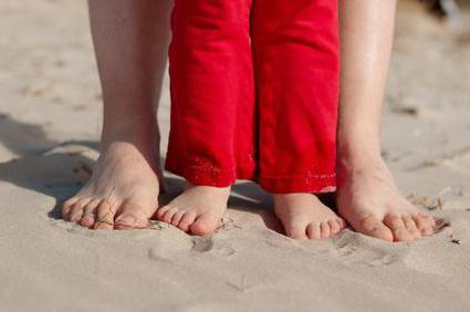 vágás fájdalom a lábak ízületeiben)
