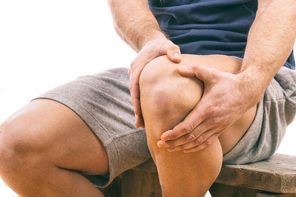 a térdfájdalom orvosa lehetséges az ízületek kezelése ozokerittel