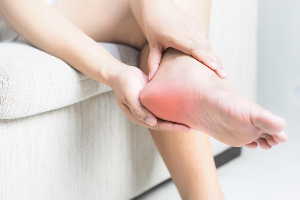 sarok viselése a láb ízületeiben