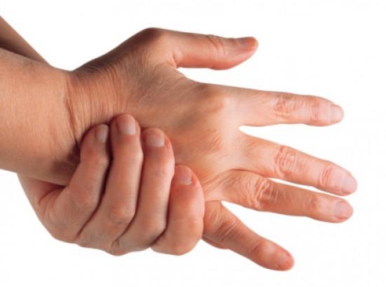ízületi gyulladás ízületi kezek ujjak csontok mit kell csinálni)