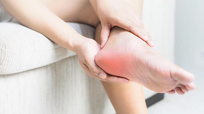 zsibbadt lábak és fájó ízületek