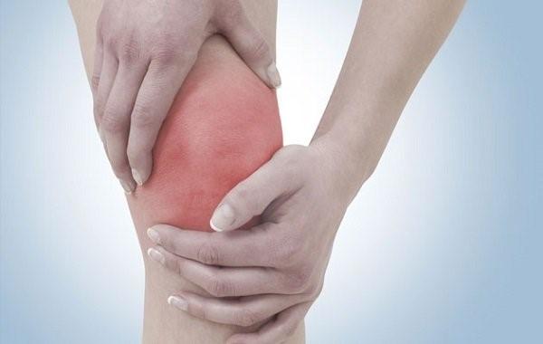 tömöríteni a térdízület fájdalmát)